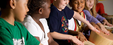 children-drumming